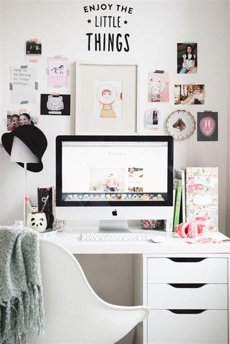 how to keep your desk organized how to keep your desk clean and organized simple tricks