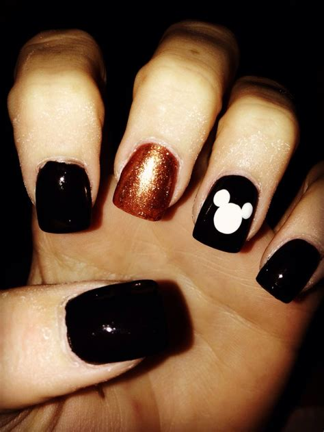 halloween themed nails 121 best images about cute nails on pinterest christmas