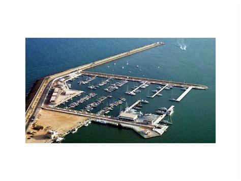 ligplaats boot te huur ligplaats in huur jaar in marina salinas de torrevieja