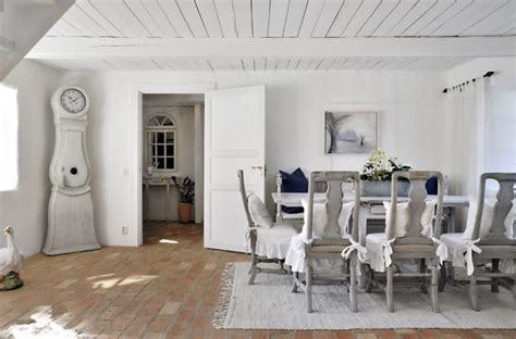 swedish farmhouse style farmhouse swedish style5 home decorating trends homedit