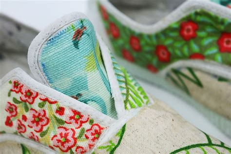tutorial zapatillas decoupage c 243 mo renovar tus zapas m 225 s hechas polvo 2nd funniest thing