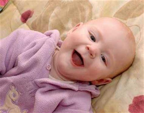 宝宝冬季皮肤干燥掉皮教多喝水不,宝宝皮肤干燥粗糙图片