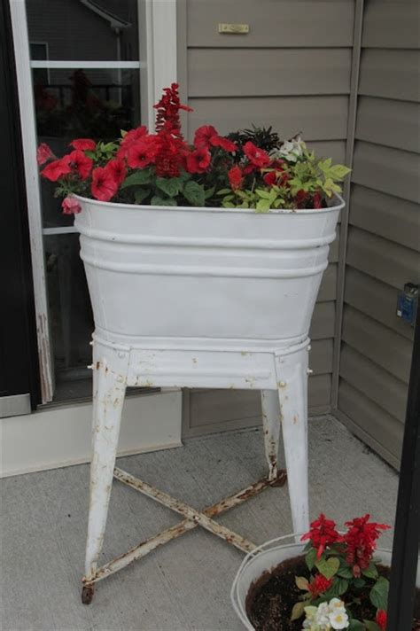 Wash Tub Planter by 79 Best Images About Wash Tub Planters On