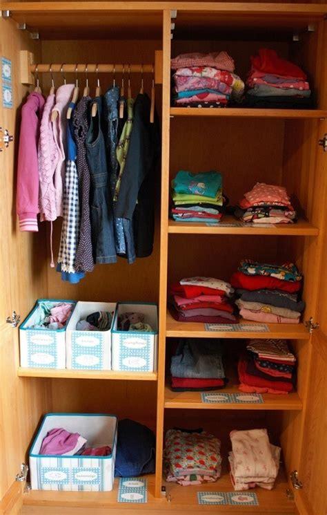 kleiderschrank sortieren so bekommst du ordnung in den kleiderschrank deiner kinder