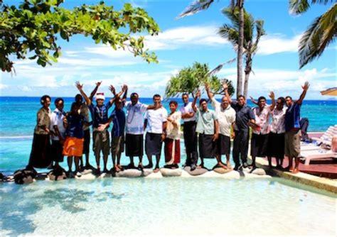 global travel media blog archive marau na kerisimasi  treasure island resort