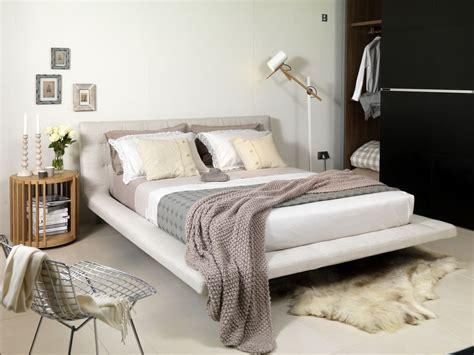 beautiful neutral bedrooms beautiful neutral bedroom ideas and photos 10220   neutral bedroom 57b3b2563df78cd39cc266e7