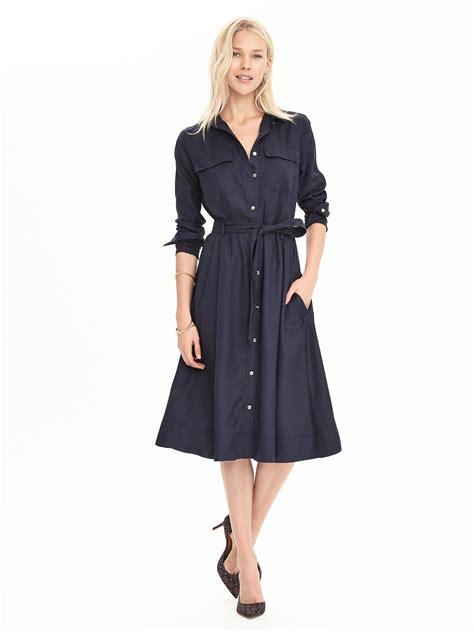 Dress Midi Banana banana republic midi shirtdress in blue preppy navy lyst