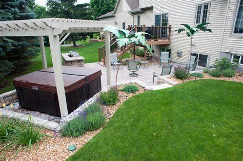 Licious Small Backyard Landscaping Ideas Hot Tub For And Backyard Tub Landscaping