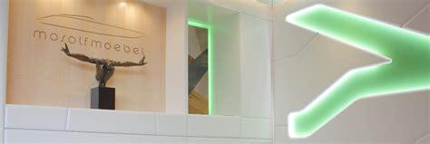 Möbel Design München 2673 by Wohnzimmer Mit Dunklen M 246 Beln Einrichten