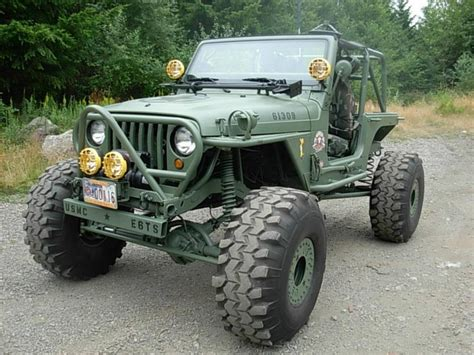 military jeep yj jk built as a modern day willy s army jeep awesome