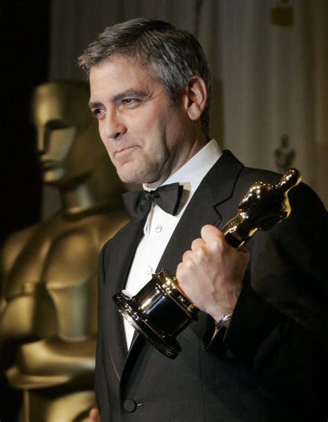 film oscar george clooney reasons we love george clooney slide 15 ny daily news