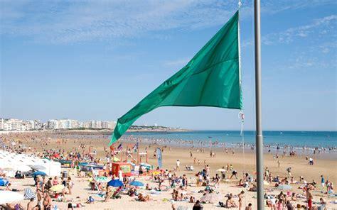 comptoir de la mer les sables d olonne postes de secours des plages aux sables d olonne en vend 233 e