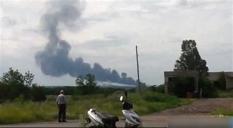 Malaysia Airlines Flight 17 Shot Down In Ukraine How Did | malaysia airlines flight 17 shot down in ukraine how did