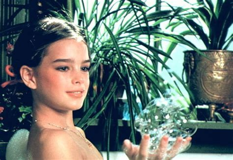 brooke shields child bathtub pretty babies from drawing room to the rabbit hole