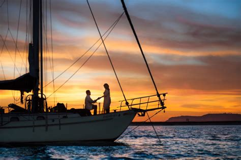 boat ride for couples in mumbai propose on yacht in mumbai luxuryrental