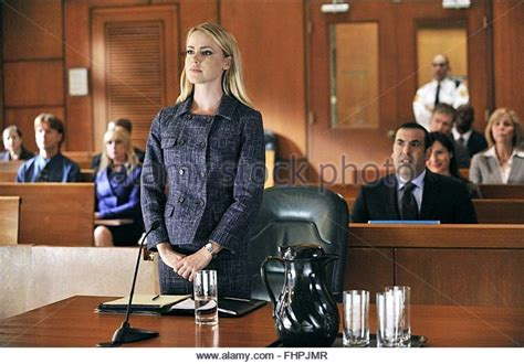 amanda schull on suits amanda schull suits stock photos amanda schull suits