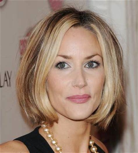 hair styles behind the ear for overweight women modne kr 243 tkie fryzury damskie znajdź fryzurę dla siebie 187