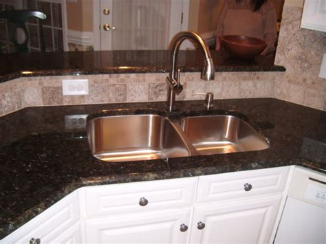 kitchen faucets for granite countertops one kitchen faucet kitchen uba tuba granite countertops with white kitchen