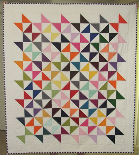 Hourglass Quilt by Sew Fantastic Kona Hourglass Quilt