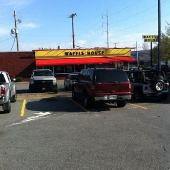 waffle house little rock ar waffle house 18 photos 18 reviews diners 1220