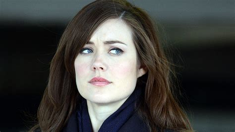 agent keen the blacklist season 1 finale megan boone promises a