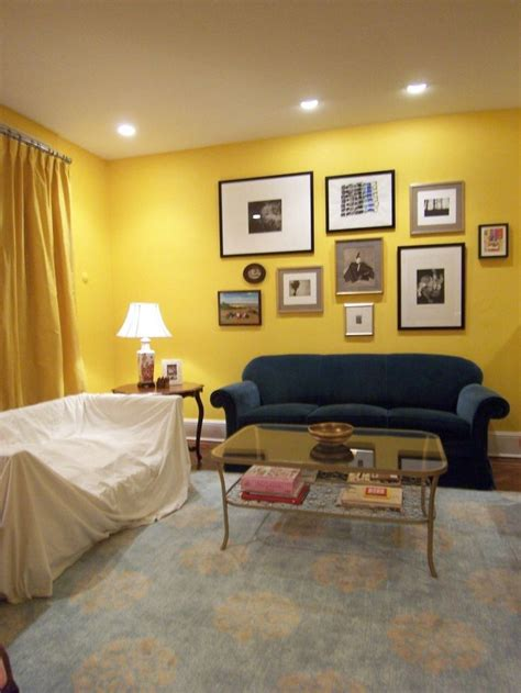 yellow accent wall bedroom 33 best yellow accent wall images on pinterest bedrooms