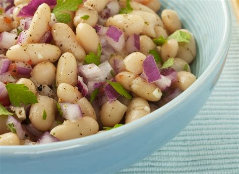 come cucinare i fagioli bianchi di spagna insalata di fagioli con cipolla ricetta