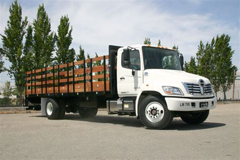 flat bed truck rental flatbeds stakebeds monarch truck