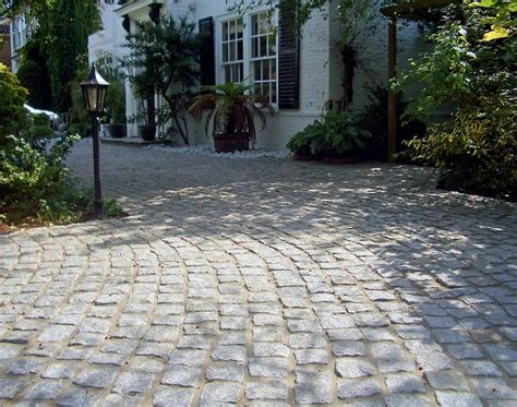 Front Yard Walkway Landscaping Ideas - the 25 best tarmac driveways ideas on pinterest tarmac drives front driveway ideas and