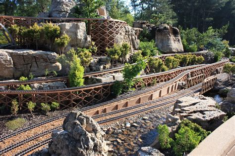 Garden Railway Layouts Garden Railway Layouts Garden Railways Big Sky Garden Railway Nanton Ab Best 25 Garden