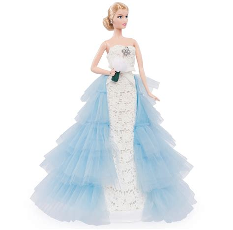 barbie gown design the latest oscar de la renta bridal barbie gown is a vision
