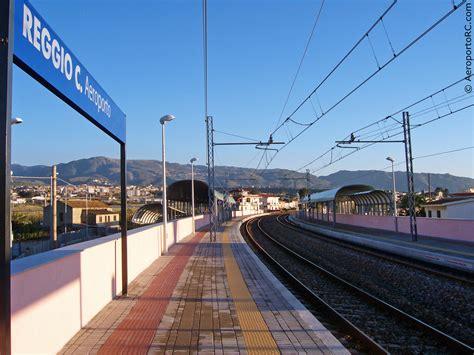 napoli stazione centrale porto ferrovie in calabria reggio calabria aeroporto a