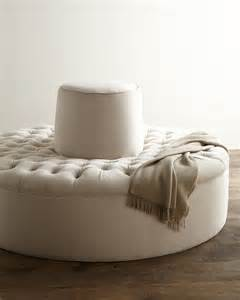 Circular Settee Settee For Entryway Homesfeed