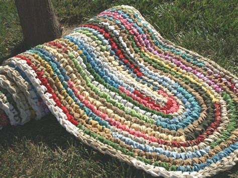 crochet a rag rug custom made crocheted rag rugs crochet weaving sewing macrame