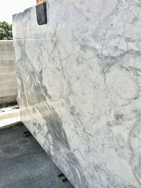 Kitchen Cabinet Factory Outlet 17 Best Ideas About Super White Granite 2017 On Pinterest