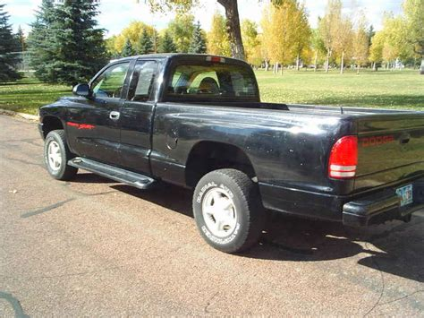 1999 Dodge Dakota Sport 4x4 at Alpine Motors