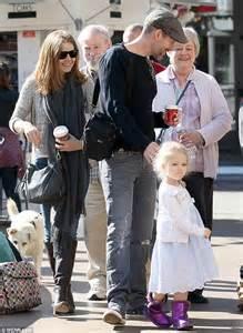 they don t need mistletoe amy adams kisses fiance darren le gallo as they go christmas shopping