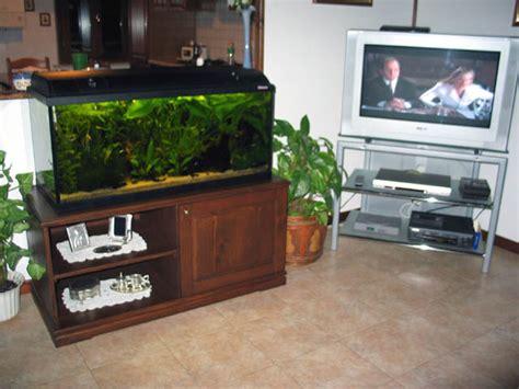 mobile per acquario foto mobile acquario scalari acquariforum