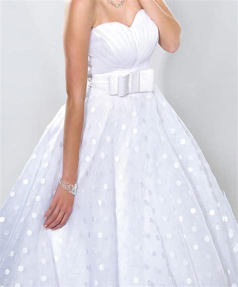 Brautkleider Rockabilly by Rockabilly Brautkleid Mit Punkten Und Petticoat
