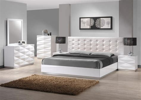 modern master bedroom sets stylish leather modern master bedroom set springfield