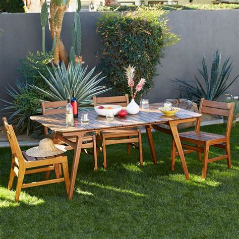 outdoor dining areas 10 outdoor dining spaces that double as relaxing retreats