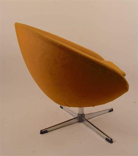 swivel pod chair single overman swivel pod chair for sale at 1stdibs