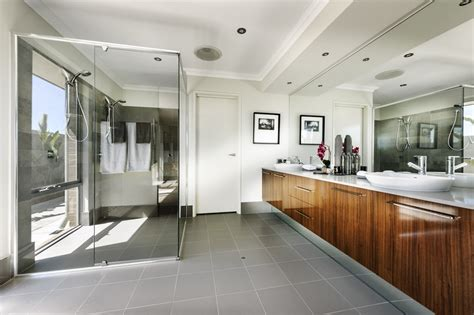 Modern Hers For Laundry Beautiful Shower Ensuite With His And Hers Vanities Modern Home Ensuite Bathroom