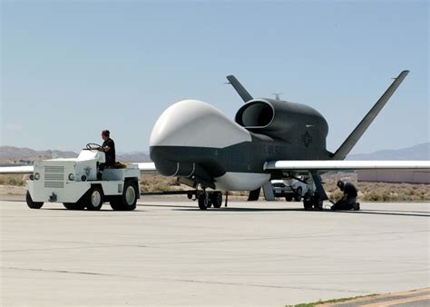 Drone Global Hawk rq 4a global hawk tier ii hae uav pictures