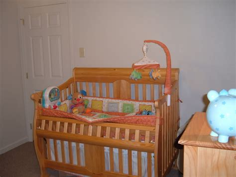 Cocoon 2000 Series Crib by Does Anyone A Cocoon Crib Series 2000 Babycenter