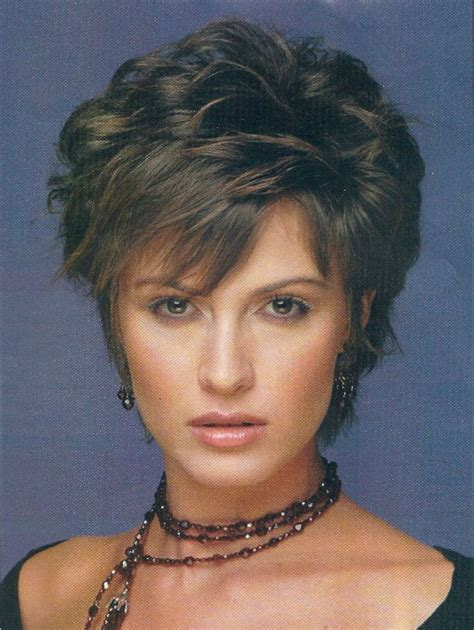 hairstyles for round faces over 30 40 best hairstyles for women over 50 with round faces