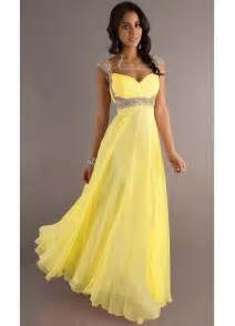 pictures of yellow wedding dresses yellow bridesmaid dresses can make you invincible