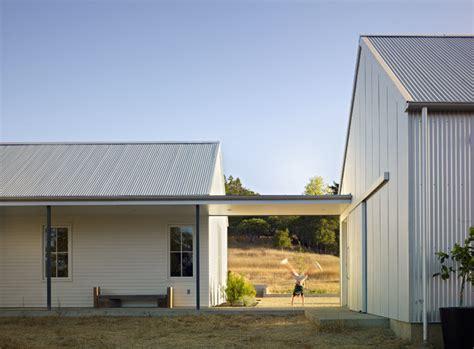 nick noyes architecture healdsburg residence farmhouse exterior san