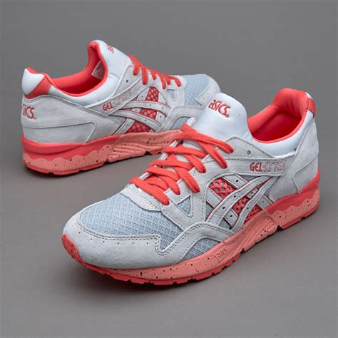 sepatu sneakers asics tiger gel lyte v bright soft grey