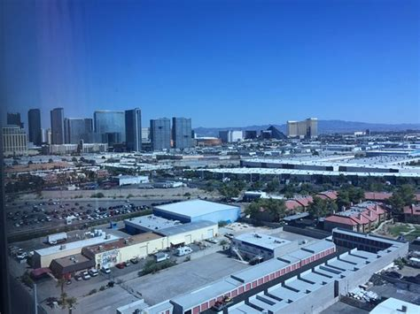palms casino resort superior room superior room in tower picture of palms casino resort las vegas tripadvisor